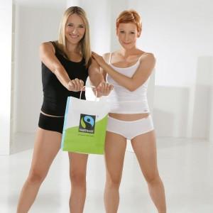 comazo earth Kollektion mit Mitarbeiterinnen als Models
