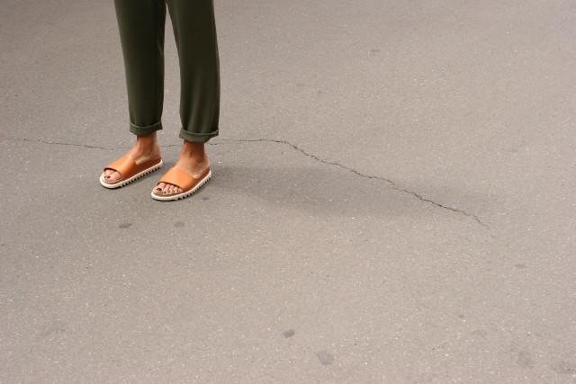 Palm Slide Sandale von ekn footwear